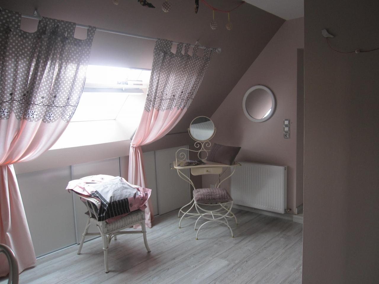 Chambre beige-rosé